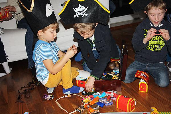 Spielende Piraten